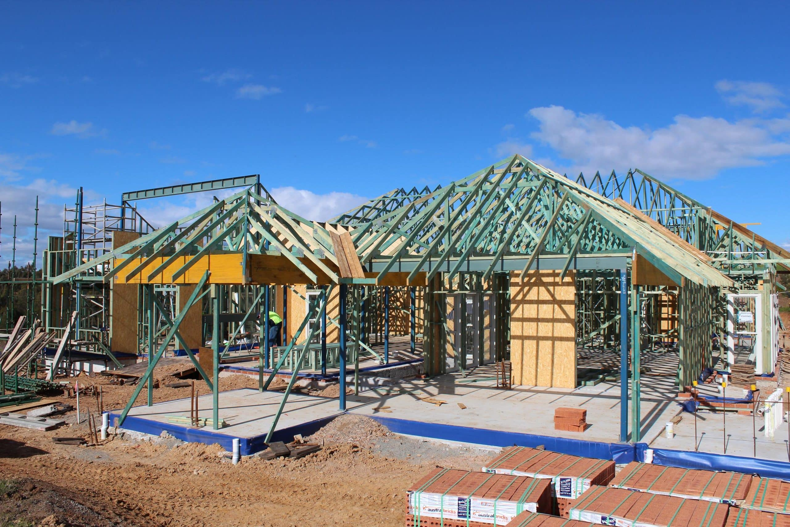 frames trusses for residential and commercial building projects